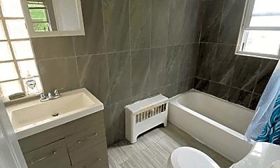 Bathroom, 2835 Roberts Ave, 1