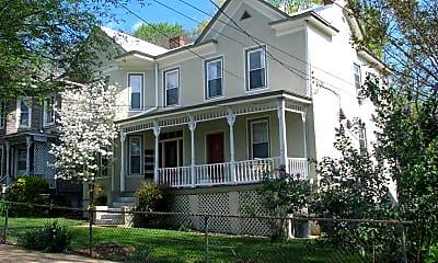 Building, 813 Belmont Ave, 1