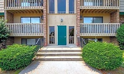 Building, 8130 Cedar Point Dr, 1
