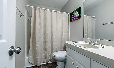 Bathroom, Room for Rent -   a 5 minute walk to bus 34, 0