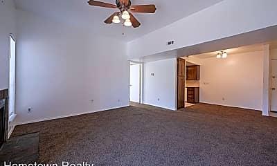 Living Room, 6554 N Meridian Ave, 2