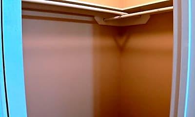 Bathroom, 721 Sonesta Ct, 2