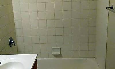Bathroom, 169 Hillcrest Ln, 2