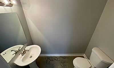 Bathroom, 80 E 13th St, 2