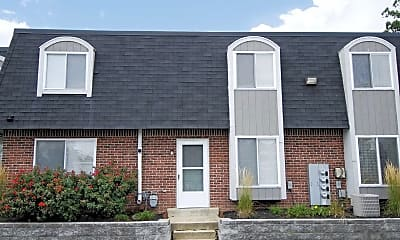 Building, Windsor Forest Townhomes, 2