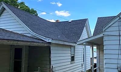 Building, 2209 NE Jefferson St, 1