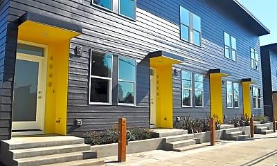 Building, 4920 N Gantenbein Ave, 2