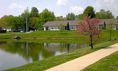 Springhill Commons, 1