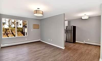 Living Room, 192 Allen St, 1