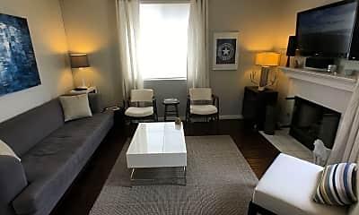 Living Room, 2306 Kipana Ave, 1