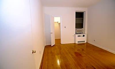 Kitchen, 113 E 31st St, 1