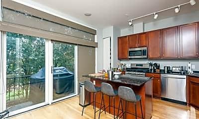 Kitchen, 909 W Ohio St, 2