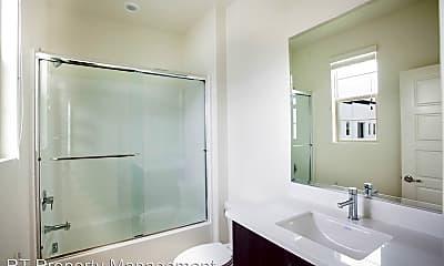 Bathroom, 236 Harringay, 2