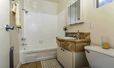 Bathroom, 400 E Live Oak St, 2