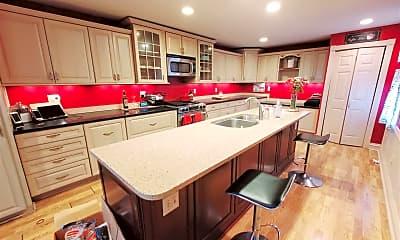 Kitchen, 23 Madison Pl, 1