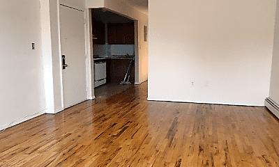 Living Room, 307 Sheffield Ave, 1