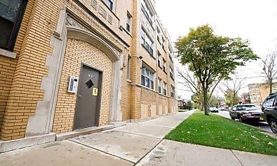 Building, 7905 S Luella Ave, 2