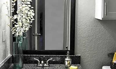 Bathroom, Goldelm at Metropolitan, 2