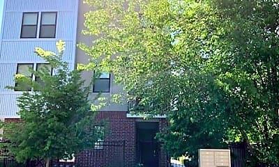 Building, 540 Denver St, 1