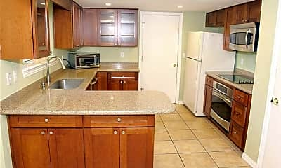 Kitchen, 3201 Canter Ln, 1