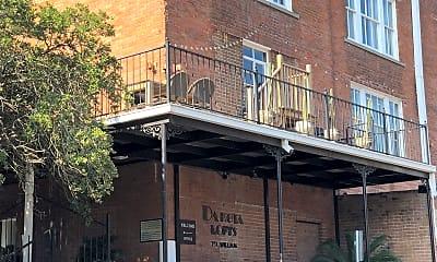 Dakota Lofts, 2