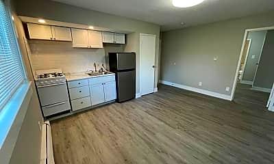 Kitchen, 1306 E Seneca Ave, 0