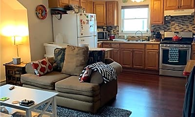 Living Room, 122 Radcliffe Rd UPPER, 0