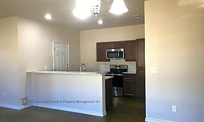 Kitchen, 108 Lowes Blvd, Unit B, 2