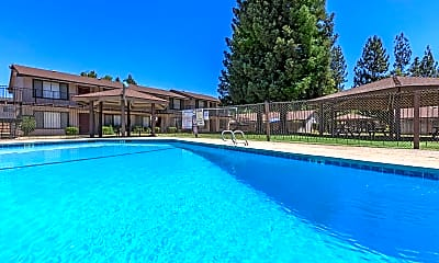 Pool, Lincoln Gardens, 0