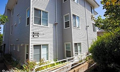 Building, 4738 19th Ave NE, 1
