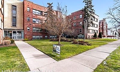 Building, 550 Parkview Dr, 0