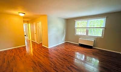 Living Room, 2028 N Vermont St 204, 1