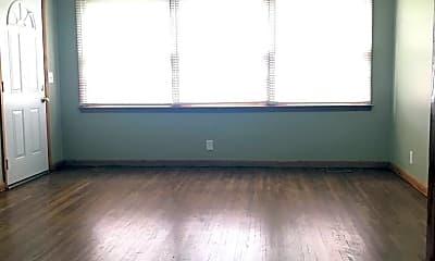 Living Room, 2145 June Dr, 1