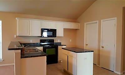 Kitchen, 4833 Fox Ridge Ln, 1