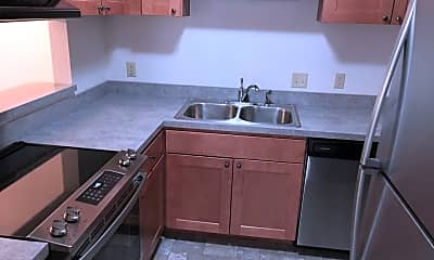 Kitchen, 4711 Walma Ave SE, 1