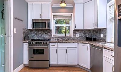 Kitchen, 1551 Jackson St, 0