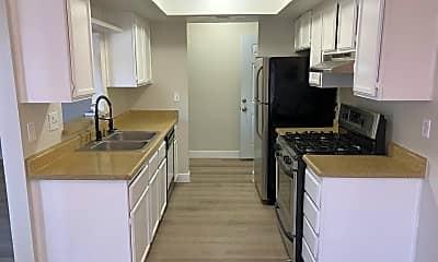 Kitchen, 4571 Carriage Park Dr, 0