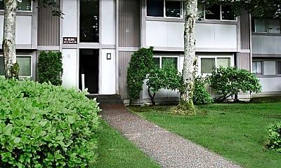 Building, The Maplewood Condominiums, 0