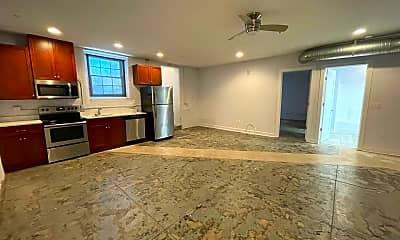 Kitchen, 2415 Ballentine Blvd, 1