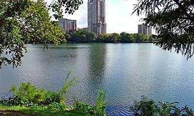 SoCo on the Lake, 0