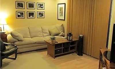 Living Room, 8215 Jade Coast Rd, 1