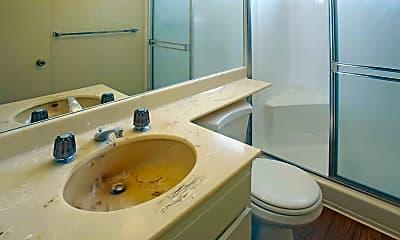 Bathroom, Tarzana Casa, 2