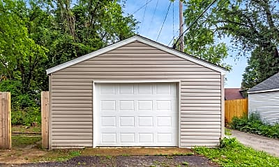 Building, 914 Ellsworth Ave, 2