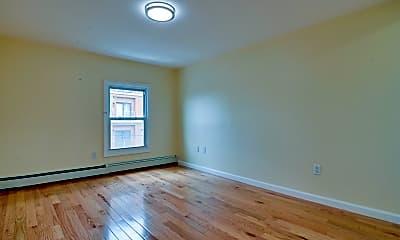 Bedroom, 89 Walnut St 3, 2