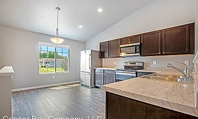 Kitchen, 3826 Rolling Hills Dr, 1