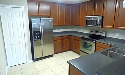 Kitchen, 7060 Deer Lodge Cir 105, 1