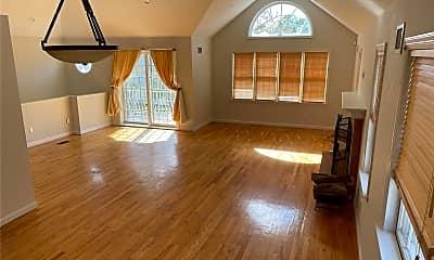 Living Room, 369 E Fulton St, 0