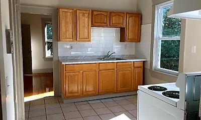 Kitchen, 261 Chandler St, 1