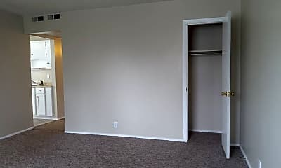 Bedroom, 230 E Jefferson Blvd, 1