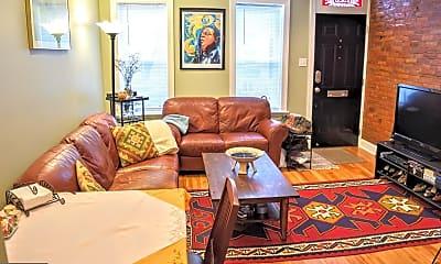 Living Room, 1528 Montrose St, 1